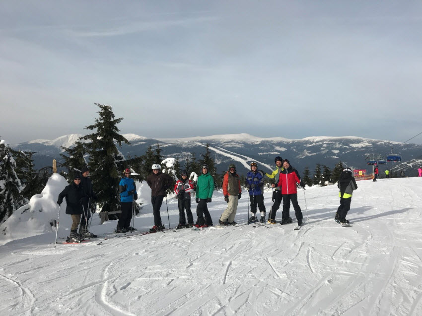 Skiing activities by the workshop participants in Spindleruv Mlyn